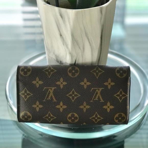 Louis Vuitton Other - Louis Vuitton wallet